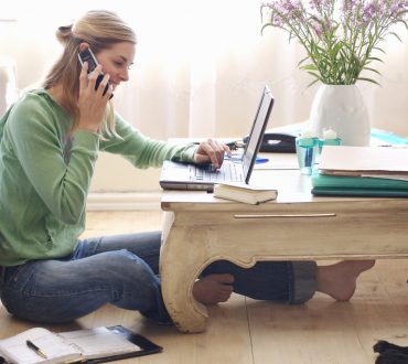 6 Lucrative Alternatives to Earn Money while Working from Home